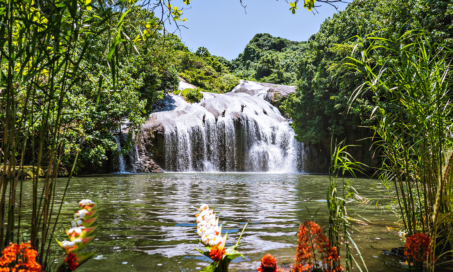 Finding paradise at Naone Waterfall | get lost Magazine